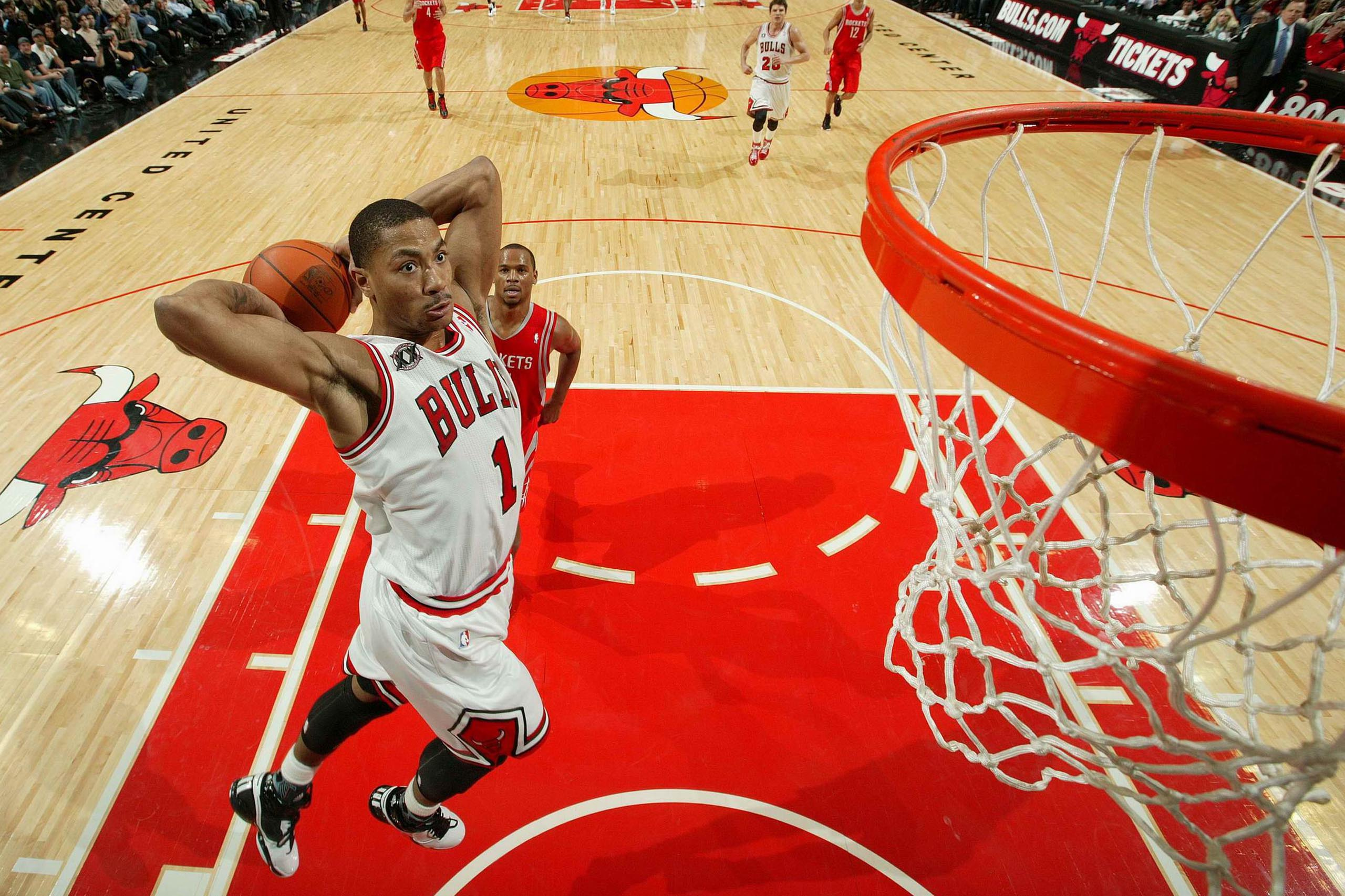 Will Derrick Roses Return Turn The Bulls Into Contenders