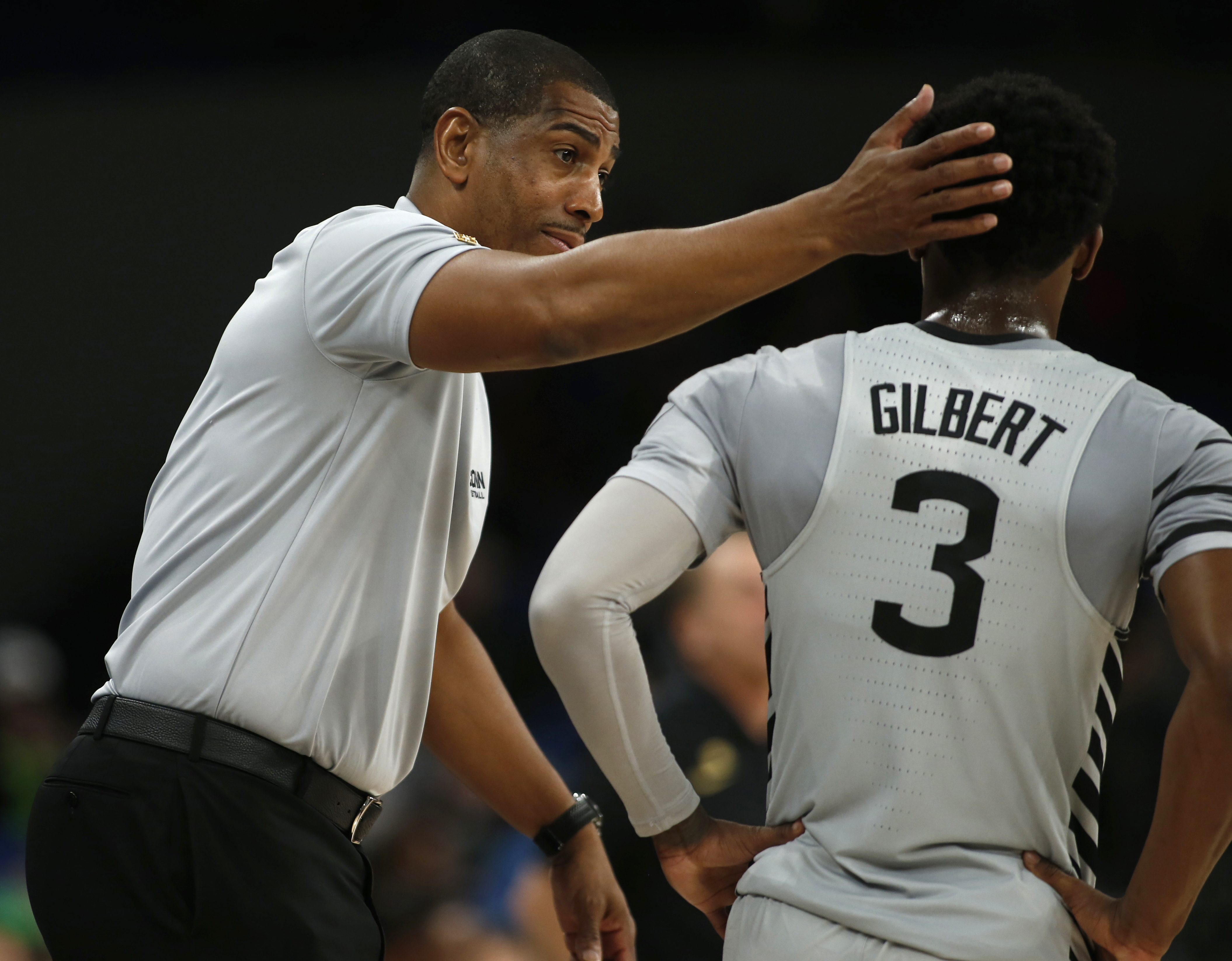 Kevin Ollie Alterique Gilbert