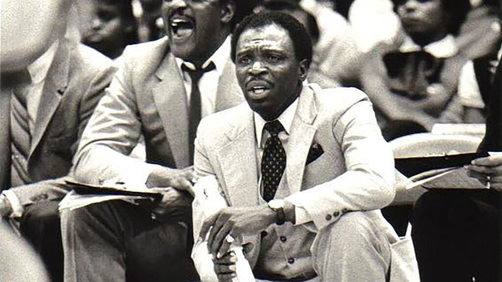 Coach_Smokey_Gaines_action_2